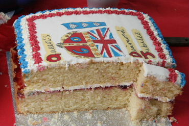A cake at the Diamond Jubilee cake sale22.07.11